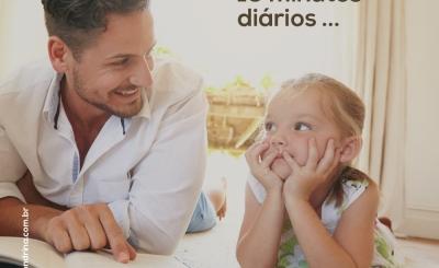 Com 10 minutos diários você pode ajudar seu filho a desenvolver o hábito da leitura